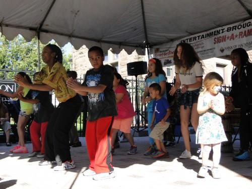 african dance w kids