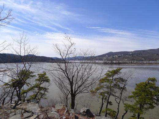 view along trail4