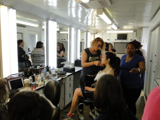 hair makeup trailer2